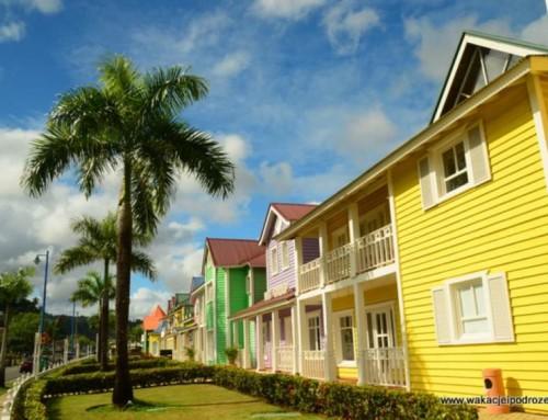 Dominikana – Santa Barbara de Samana – kolorowa i karaibska