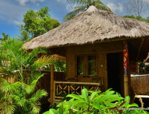 Indonezja noclegi – Lombok – bambusowy domek na palach