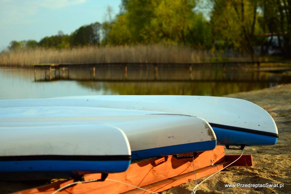 Giewartów jezioro powidzkie