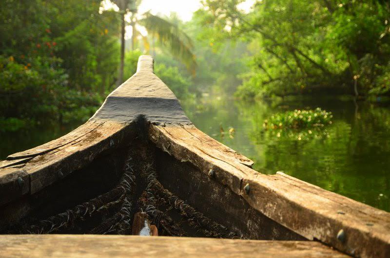 Łódź na Kerala Backwaters