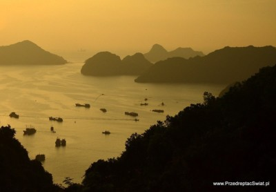cat ba i widok na Ha Long