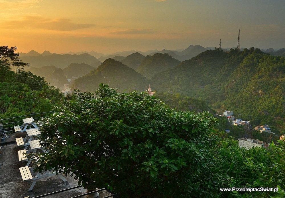 Widok na Ha Long