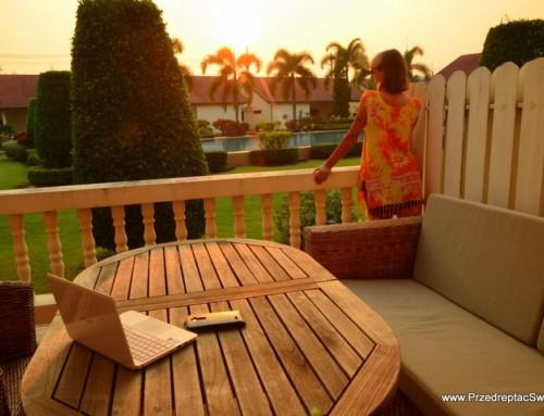 Dwupoziomowy dom z basenem w Tajlandii w cenie polskiego hostelu?