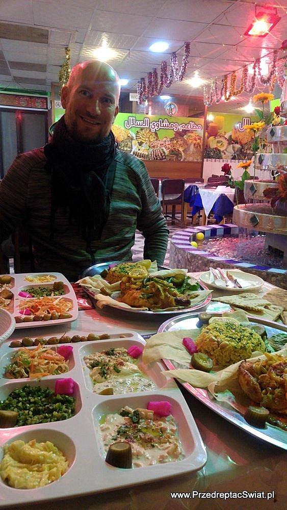 Jedzenie w Jordanii - restauracja Kerak