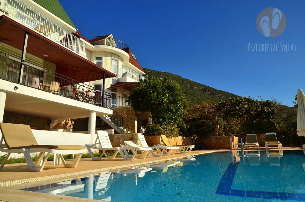 Ile kosztuje wynajęcie apartamentu z basenem w Turcji? 3 House Apartment - Kas