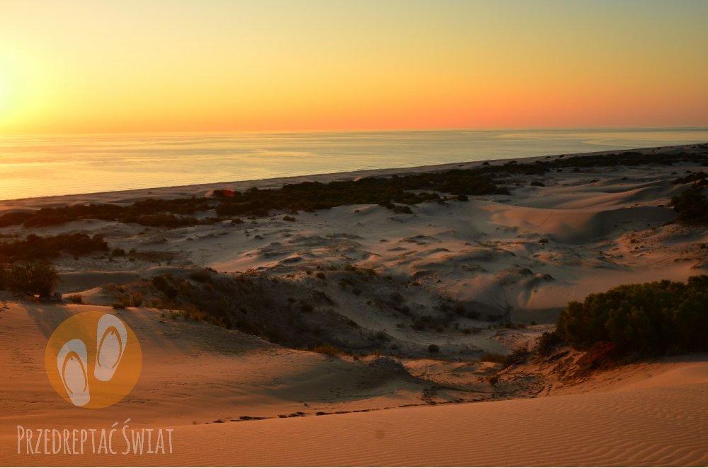 Plaża Patara Beach o zachodzie słońca